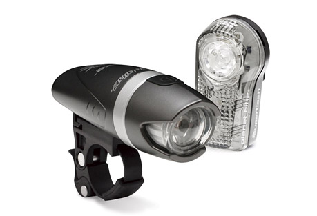 planet bike blaze 1 watt / superflash light set- Save 36% Off - The Planet Bike Blaze 1 Watt/Superflash light set allows riders to be seen in low light conditions. Perfect for those short commutes or rides around town, The QuickCam bracket mounts easily adjusts or removes without tools. All batteries included  Features:  - Blaze 1-watt LED is twice as bright as 1/2-watt LED  - Reinforced alloy midsection  - High and low power beam along with SuperFlash(TM) flashing mode  - QuickCam(TM) bracket mounts, adjusts or removes in seconds w/o tools  - High/low/flashing run times of 7/14/20 hours on 2 AA batteries (included)    Superflash features:  - 1/2-watt Blaze(TM) LED plus 2 eXtreme LEDs for visibility up to 1 mile  - Unique, eye-catching flash pattern  - Up to 100 hours of run time on 2 AAA batteries (included)