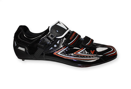 vittoria v-pro shoe- Save 78% Off - Performance lightweight shoe, with CRS fastening system that perfectly adapts to the foot. Appropriate to both elite level and amateur riding.  Features:  - Sole: UD Carbon sole Air System  - Microfiber Tech upper material High density Nylon Mesh  - 290 g  - CRS Fastening system