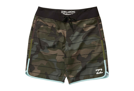 Billabong Tribong X Scallop Boardshort - Men's