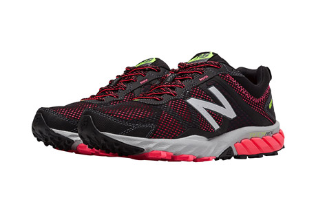 New Balance 610 v5 Shoes - Women's