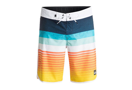 Quiksilver Caliber Scallop Boardshort - Men's